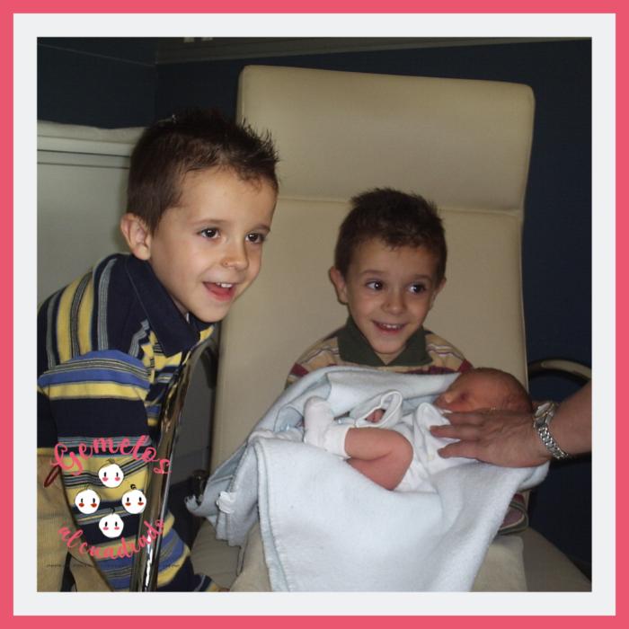 amamantar a gemelos de uno en uno